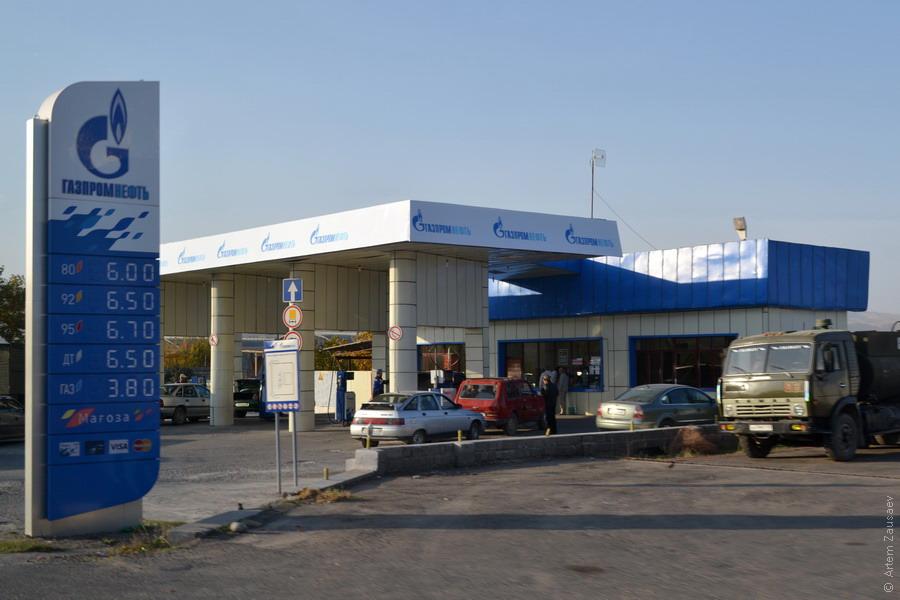 Поставщики нефтепродуктов в Таджикистан обеспокоены предоставлением льгот Агентству по госрезервам