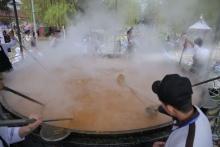 Как в Намангане приготовили суманак весом 7 тонн