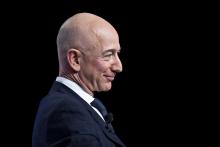 Муассиси Amazon дар 15 дақиқа беш аз $13 млрд бойтар шуд